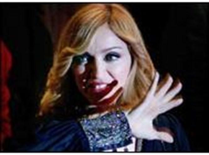 Madonna Elvis'in rekoruna ortak